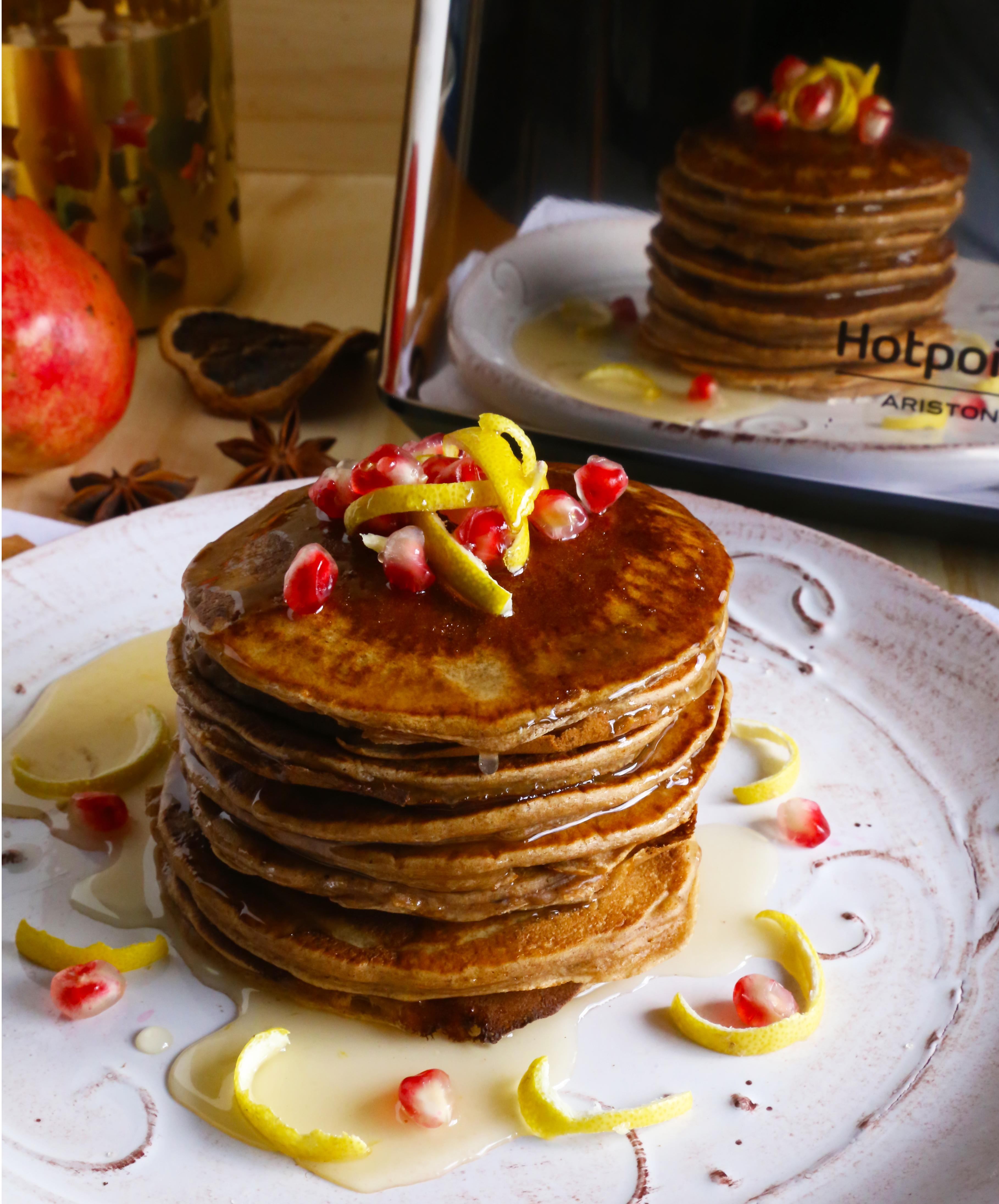 gingerbread pancakes con salsa al limone e miele